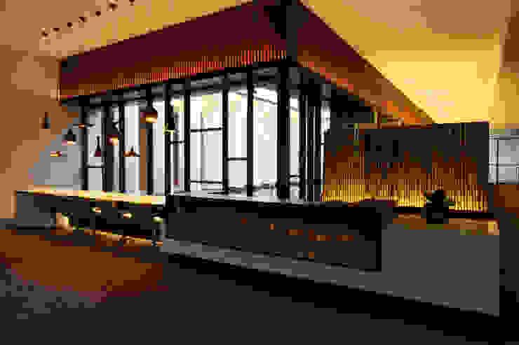 櫃台 根據 Arcadian Design 冶鑄設計 現代風