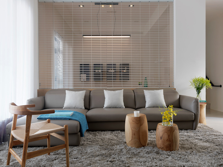 Modern living room by 夏沐森山設計整合 Modern