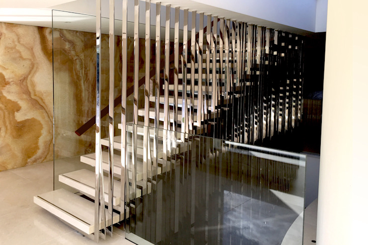 Bespoke Stairs homify Moderner Flur, Diele & Treppenhaus