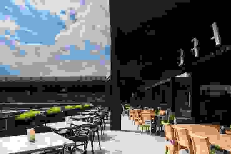 Terraza Gastronomía de estilo moderno de Segovia ARQ Moderno