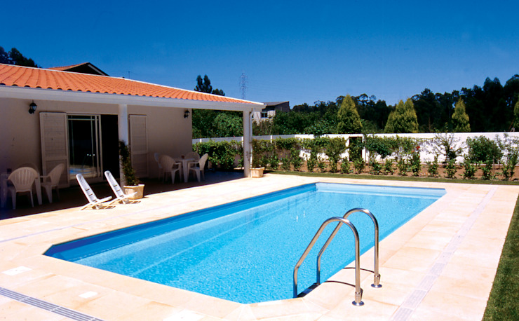 Modern Pool by Soleo Modern