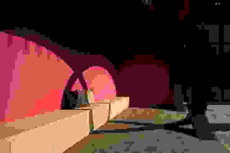 等待區 根據 Arcadian Design 冶鑄設計 現代風