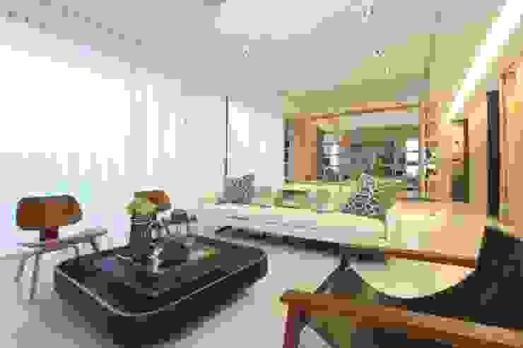 樣品屋起居室 根據 Arcadian Design 冶鑄設計 現代風