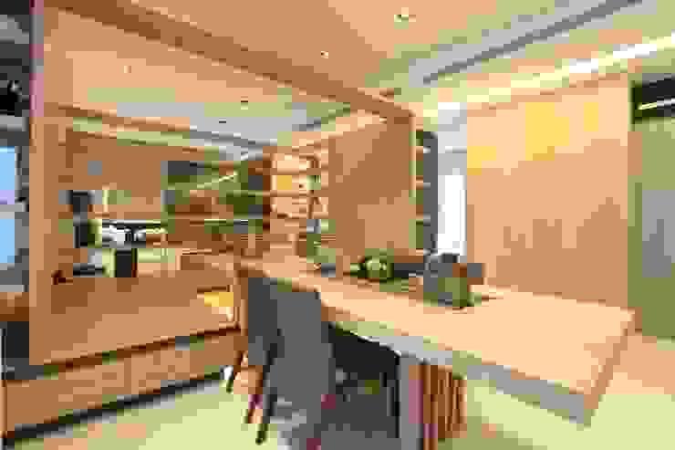 樣品屋餐廳 根據 Arcadian Design 冶鑄設計 現代風