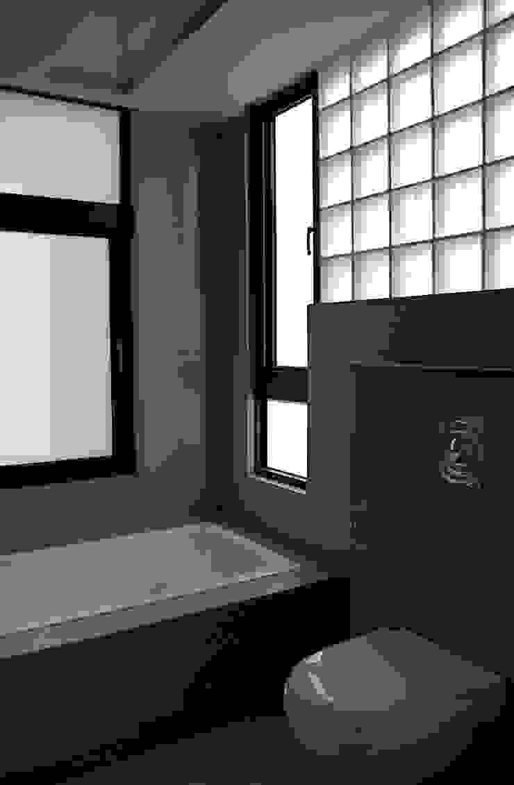 新埔 休閒別墅 現代浴室設計點子、靈感&圖片 根據 大也設計工程有限公司 Dal DesignGroup 現代風