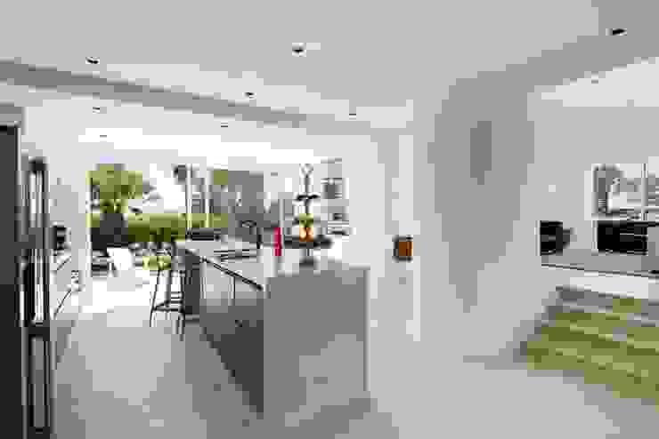 CASA MINHA Cozinhas minimalistas por studioarte Minimalista