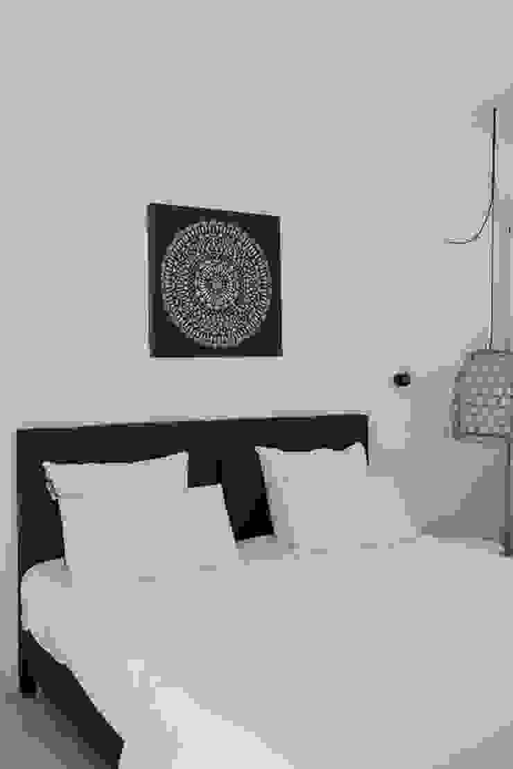 CASA MINHA Quartos minimalistas por studioarte Minimalista