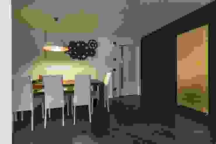 Taverna Home Theatre Sala multimediale moderna di Elia Falaschi Fotografo Moderno