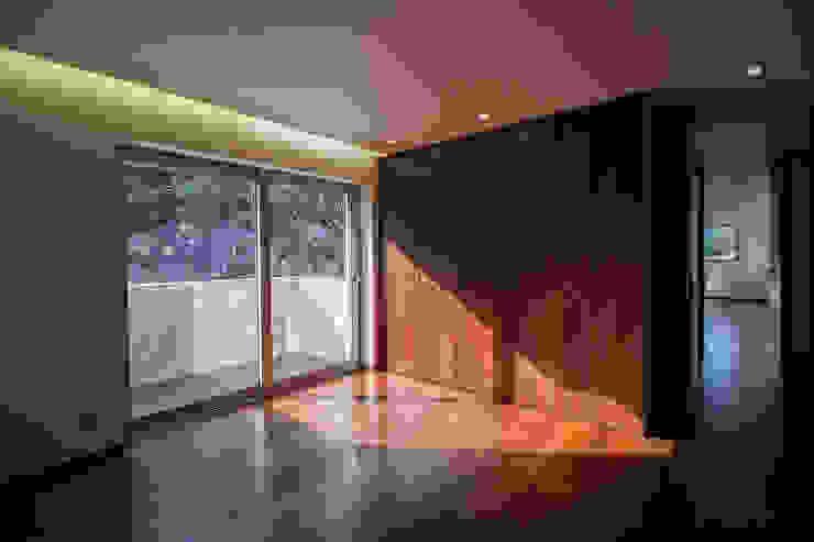 Empreendimento LUZIA VILLAS | Edifício Multifamiliar Quartos modernos por Valdemar Coutinho Arquitectos Moderno