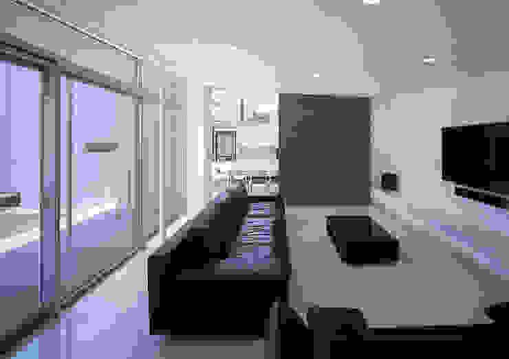 薩摩川内の住宅 モダンデザインの リビング の アトリエ環 建築設計事務所 モダン
