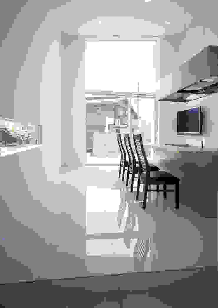 薩摩川内の住宅 モダンデザインの 多目的室 の アトリエ環 建築設計事務所 モダン