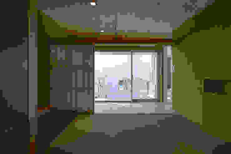 薩摩川内の住宅 和風デザインの 多目的室 の アトリエ環 建築設計事務所 和風