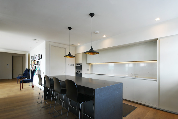 andrea borri architetti Modern kitchen