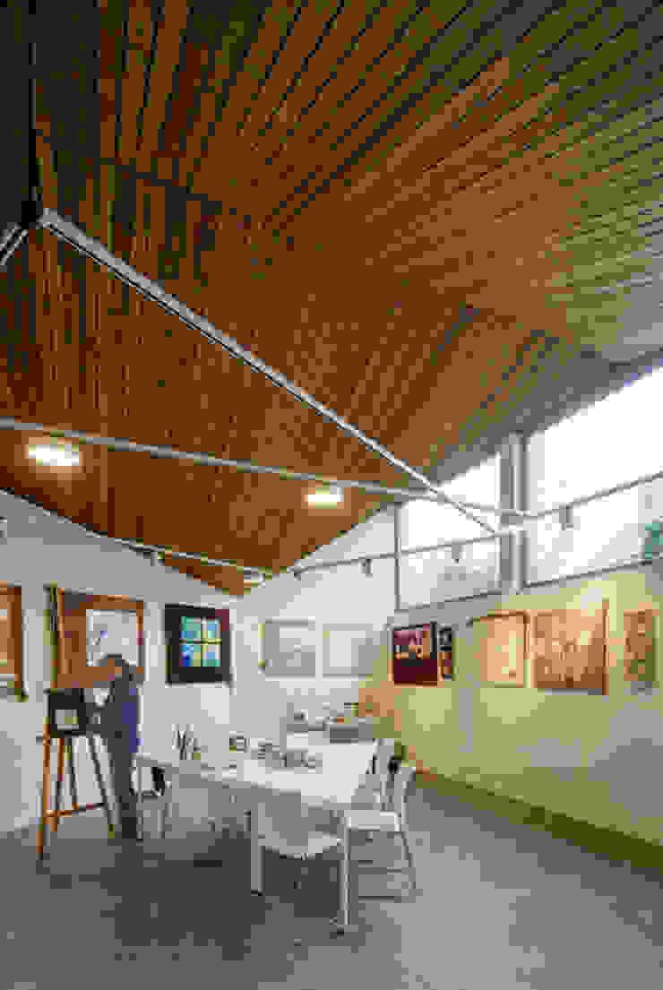 Interieur: Poolhouse / Atelier Moderne fitnessruimtes van [delacourt][vanbeek] Modern Hout Hout
