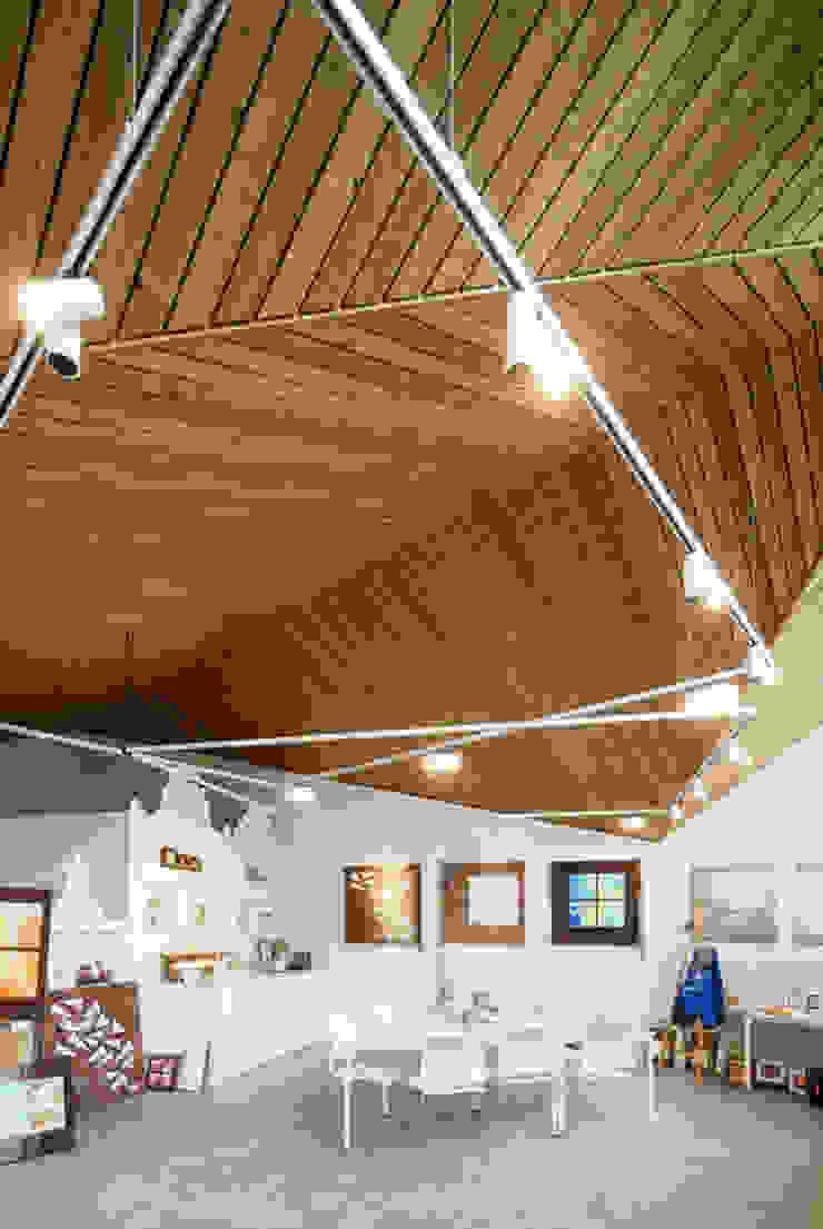 Interieur: Poolhouse / Atelier Moderne kinderkamers van [delacourt][vanbeek] Modern