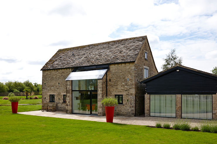 External phoot Trombe Ltd Modern windows & doors