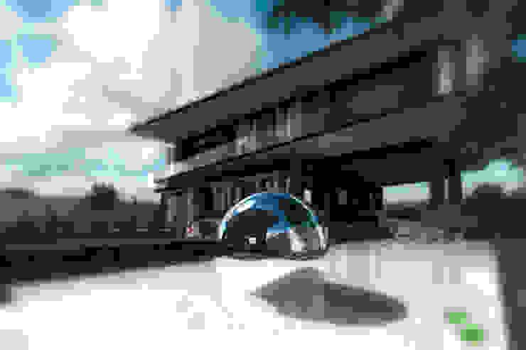 TREVINO.CHABRAND | Architectural Studio Modern pool