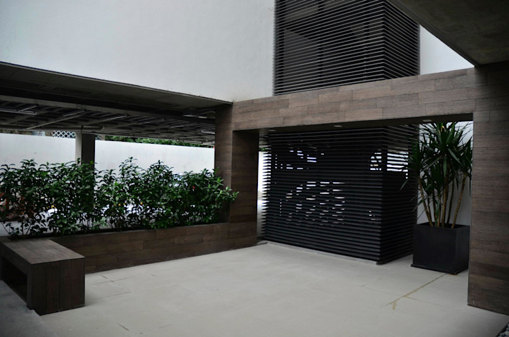 TORRE VISUM Jardines modernos de TREVINO.CHABRAND | Architectural Studio Moderno