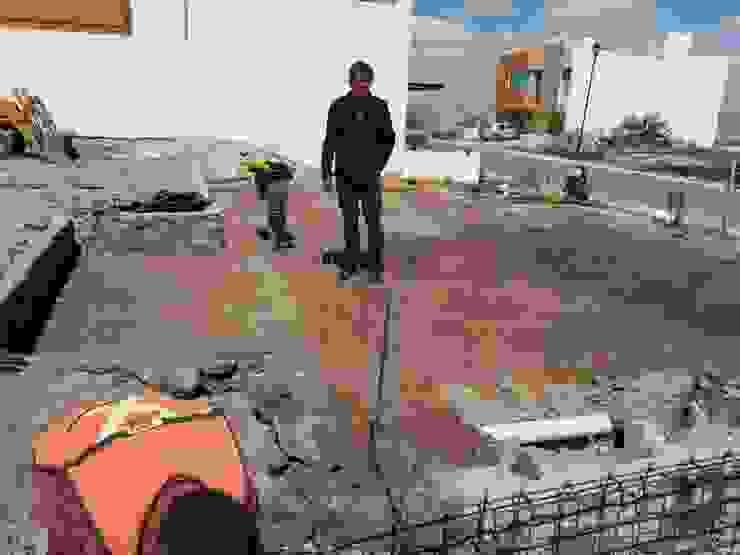 PREPARACION DE INSTALACIONES EN LOSA DE CIMENTACION de RyR Constructora