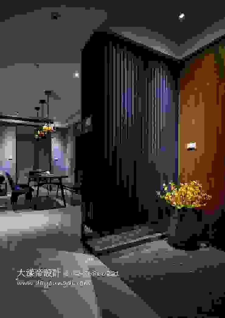 禪意禪繞.麗寶雙璽 亞洲風玄關、階梯與走廊 根據 DYD INTERIOR大漾帝國際室內裝修有限公司 日式風、東方風