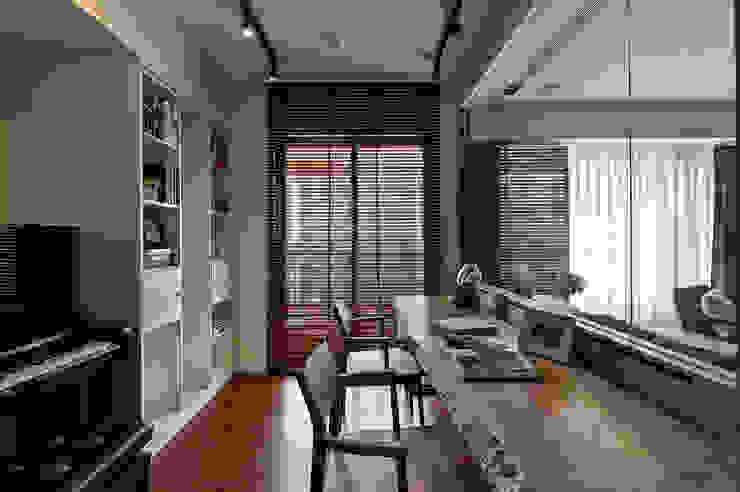 Modern study/office by DYD INTERIOR大漾帝國際室內裝修有限公司 Modern