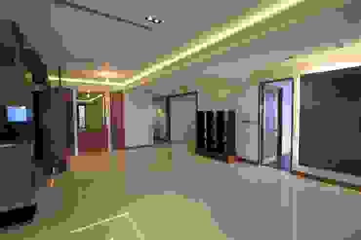 林口區.世界首席.室內裝修案 根據 東之光室內裝修設計有限公司 日式風、東方風