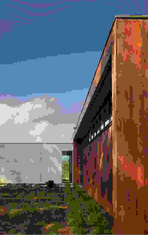 SPG Architects Rumah Modern