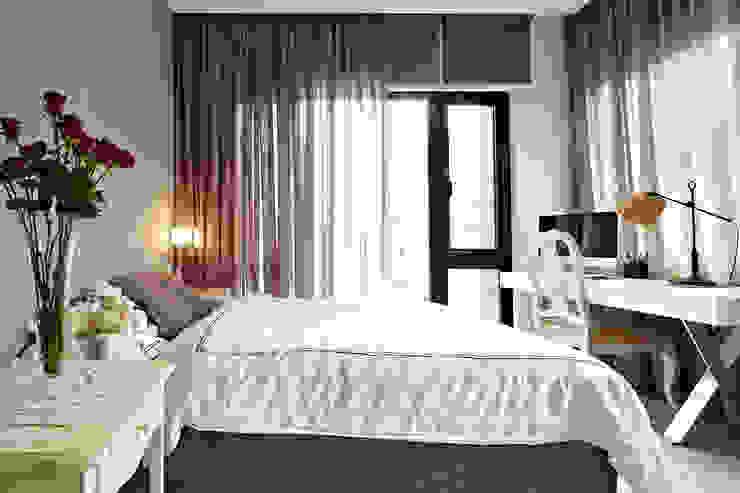 緞鋼:  臥室 by 大晴設計有限公司, 隨意取材風