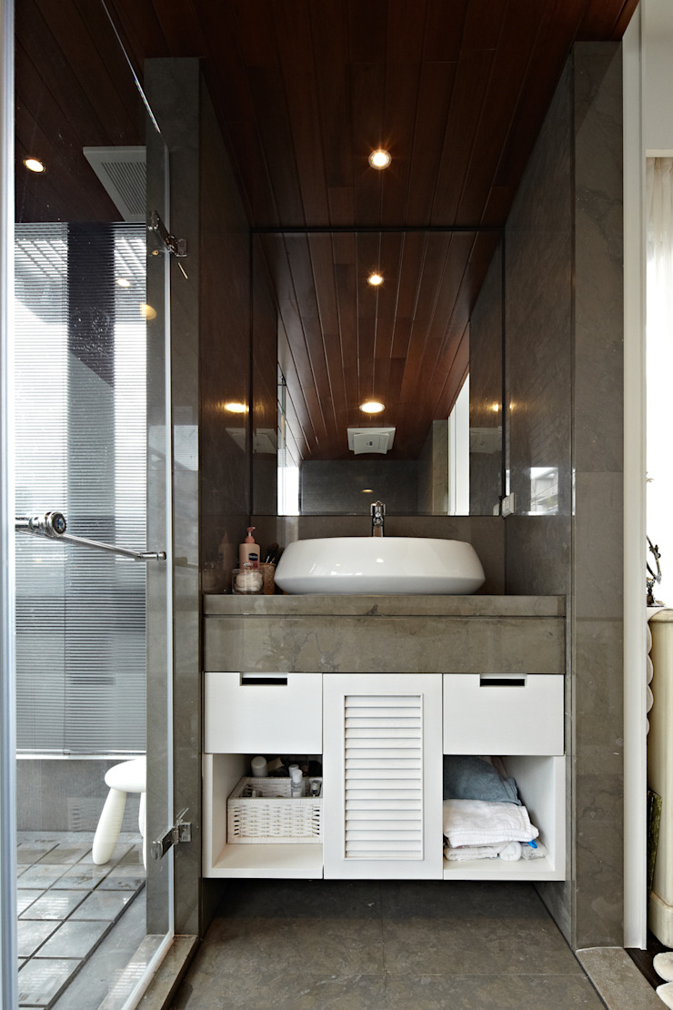 Eclectic style bathroom by 大晴設計有限公司 Eclectic