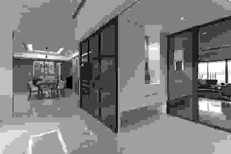 الممر والمدخل تنفيذ 大晴設計有限公司, حداثي