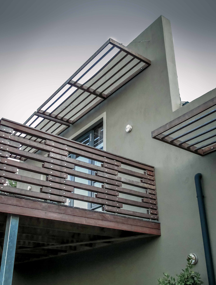 Balustrade & Sunscreen Detail Modern houses by WHO DID IT Modern Wood Wood effect