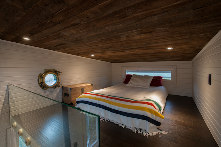 Greenmoxie Tiny House:  Bedroom by Greenmoxie Magazine