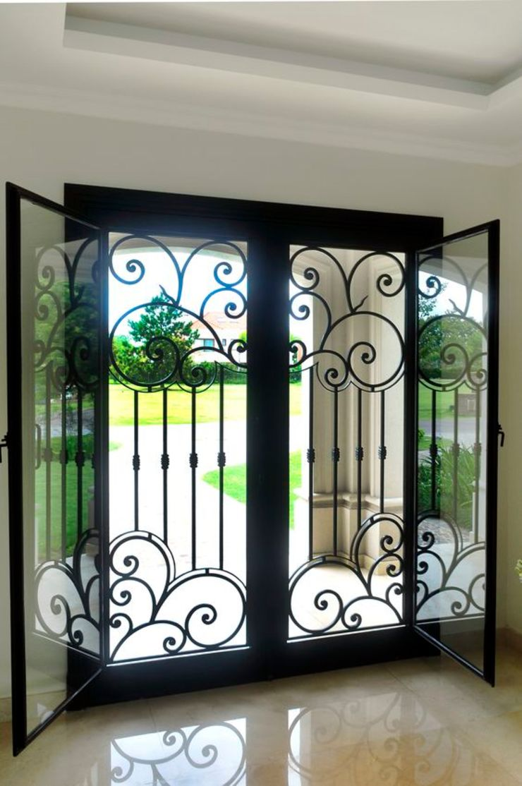 DEL HIERRO DESIGN Classic style windows & doors Iron/Steel Black