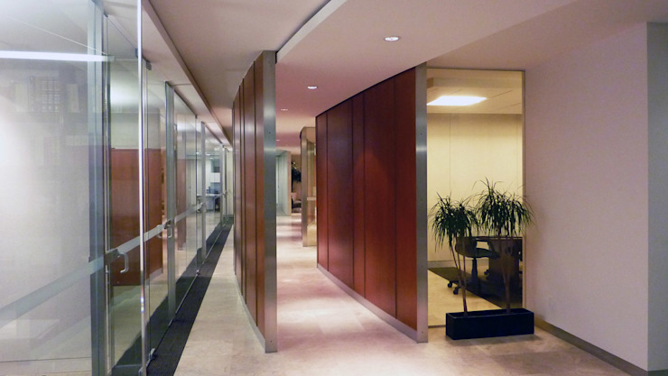 Taller Plan A Modern study/office