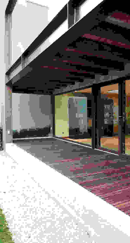 Casa Bosques Casas modernas de Taller Plan A Moderno