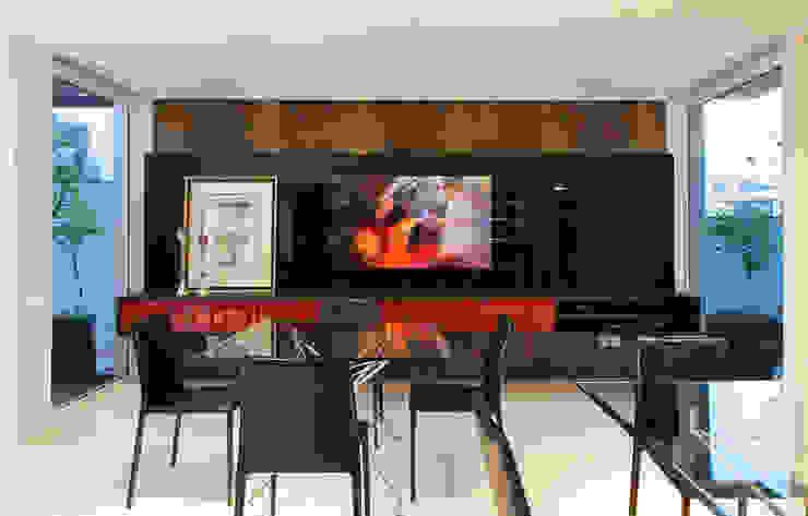 Gourmet Salas de estar modernas por ANDRÉ PACHECO ARQUITETURA Moderno