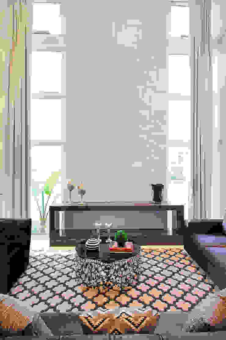 ANDRÉ PACHECO ARQUITETURA Modern living room