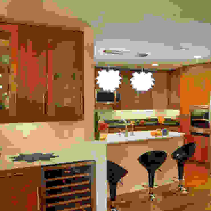 1959 Highland Square Condo Kitchen Modern Kitchen by New Leaf Home Design Modern