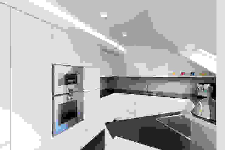 Modern Kitchen by Klocke Möbelwerkstätte GmbH Modern