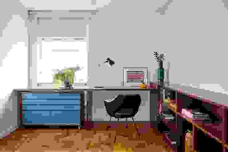 Bureau moderne par INÁ Arquitetura Moderne