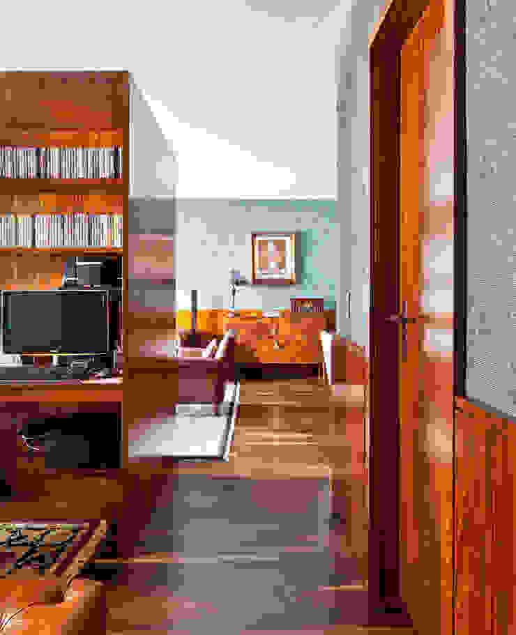 Apartamento do José INÁ Arquitetura Salas de estar clássicas
