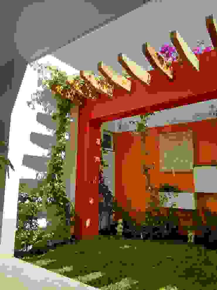 Diseño de Jardín y Andador Padilla Jardines modernos de Arqca Moderno