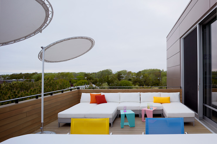 Modern balcony, veranda & terrace by SPG Architects Modern