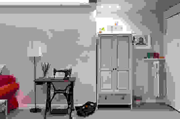 arCMdesign - Architetto Michela Colaone Pasillos, vestíbulos y escaleras de estilo moderno