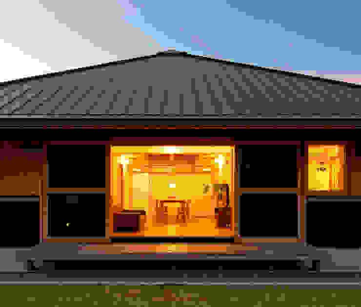 Casas asiáticas de 磯村建築設計事務所 Asiático