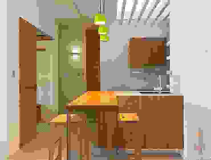 Minimalistyczna kuchnia od 禾光室內裝修設計 ─ Her Guang Design Minimalistyczny
