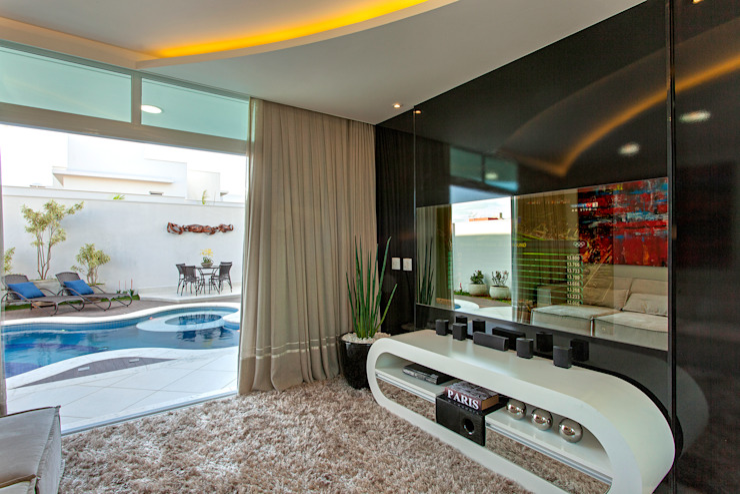 Casa Damha Salas multimídia modernas por Arquiteto Aquiles Nícolas Kílaris Moderno