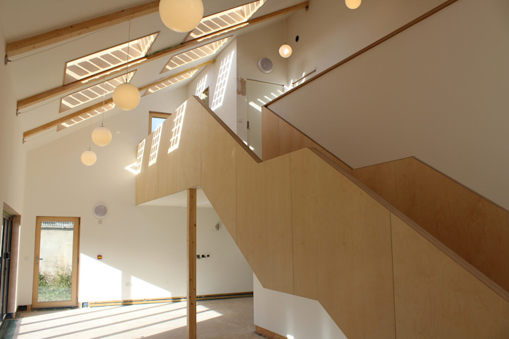 Solarsense Modern corridor, hallway & stairs by Askew Cavanna Architects Modern