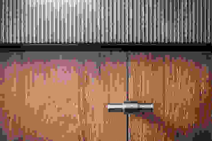 Interieurontwerp landelijke woning, Ewijk: modern  door Bob Romijnders Architectuur + Interieur, Modern