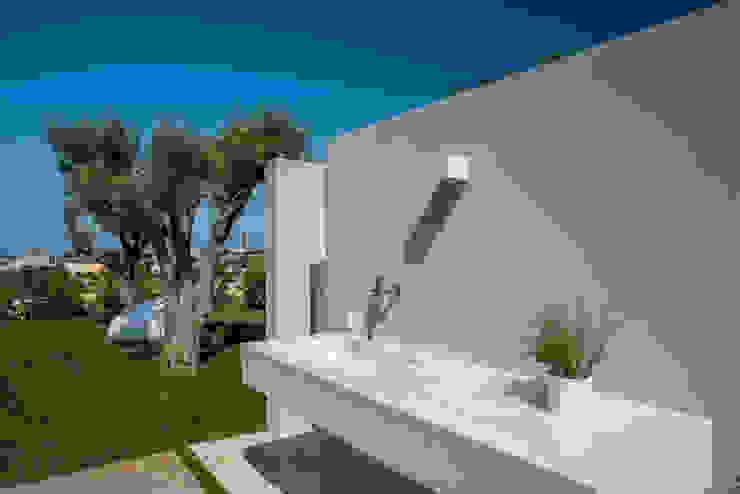 Jardines de estilo  por DFG Architetti,